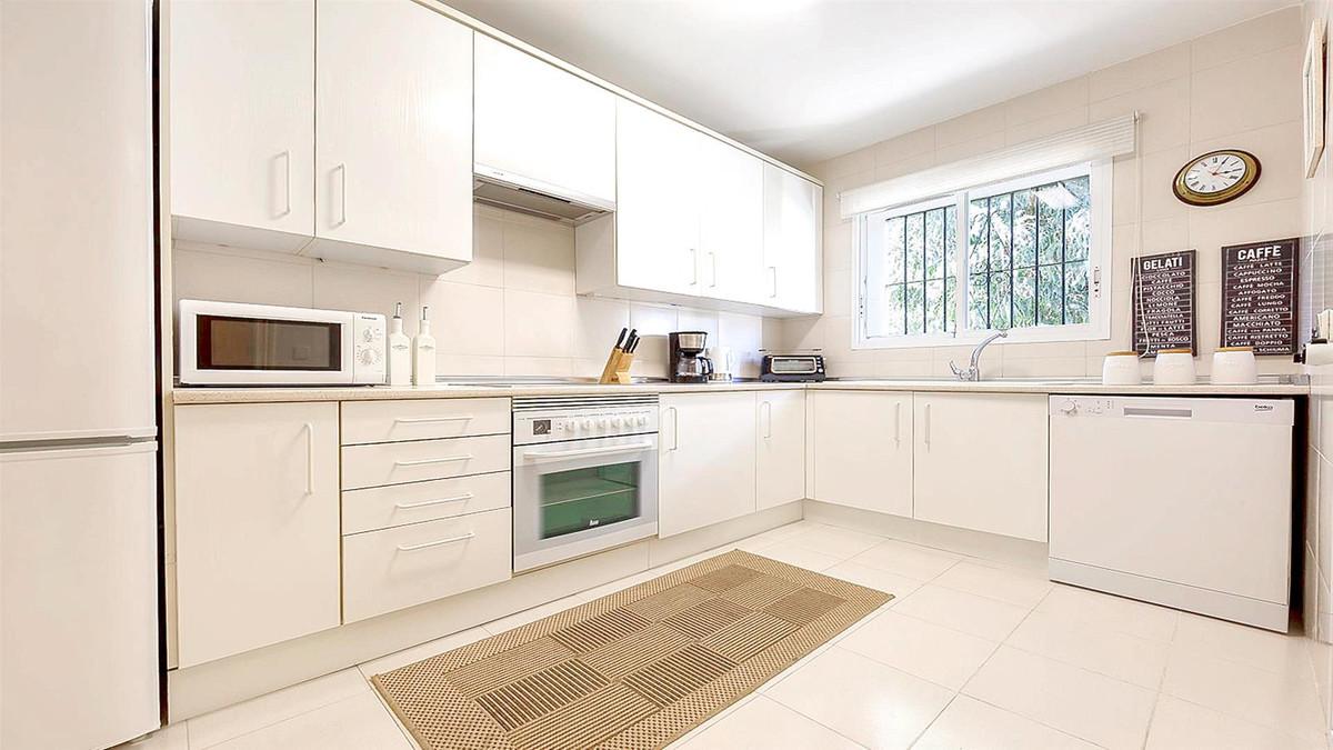 Apartment in La Quinta R3568981 6