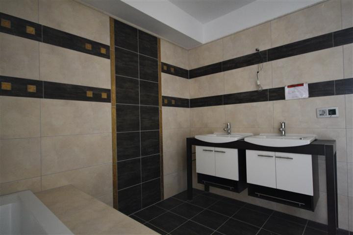 Apartment in The Golden Mile R1922454 5