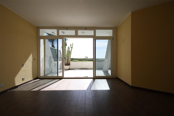 Apartment in The Golden Mile R1922454 6