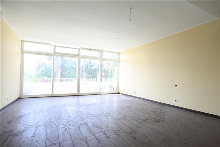 Apartment in The Golden Mile R1922454 8