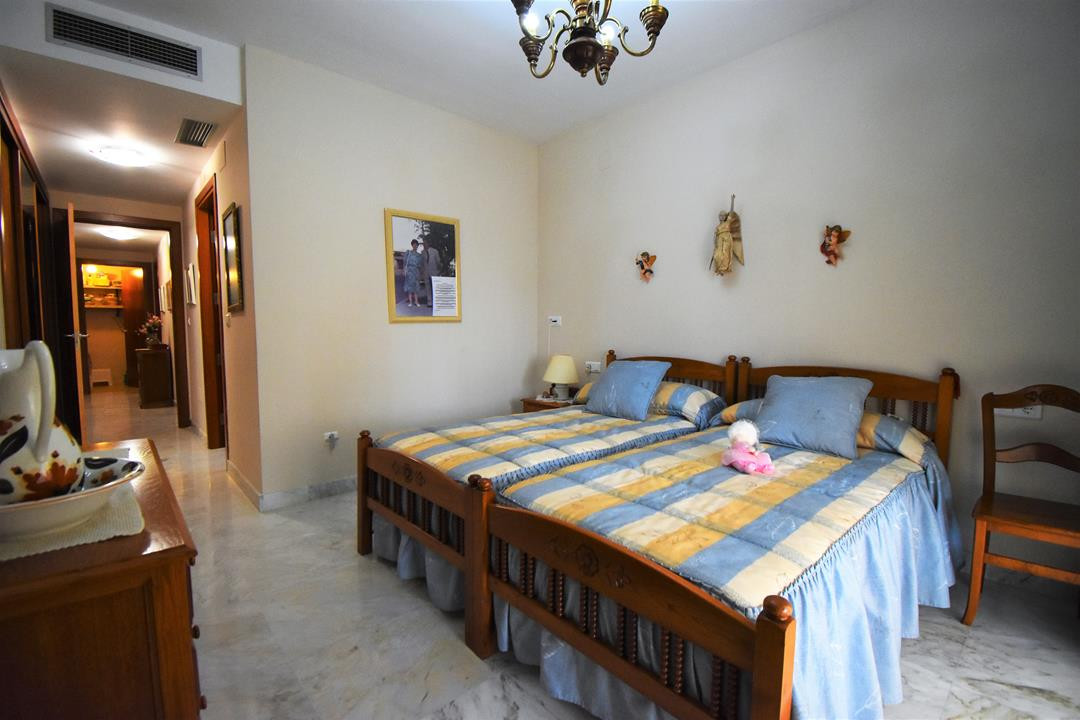Apartment in Alhaurín de la Torre R3175384 13