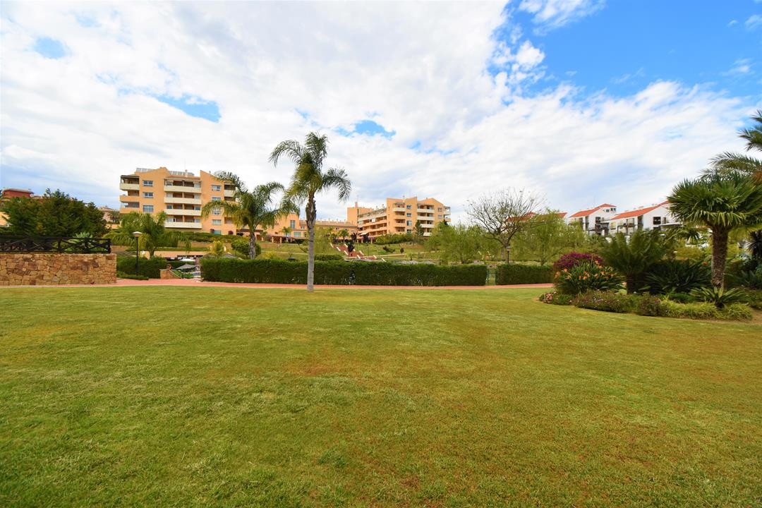 Apartment in Alhaurín de la Torre R3175384 22