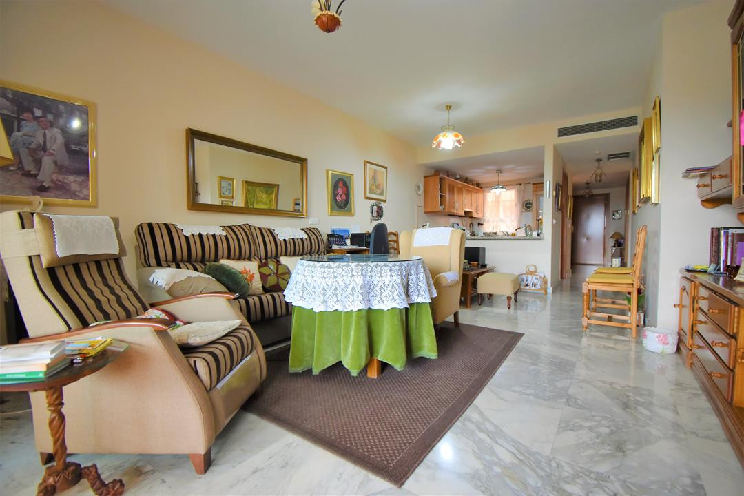 Apartment in Alhaurín de la Torre R3175384 5