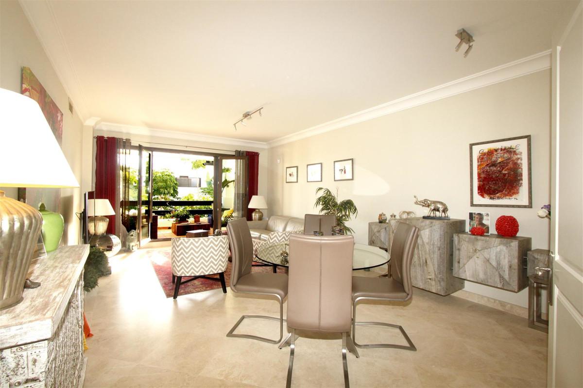 Apartment in Casares R3532207 3