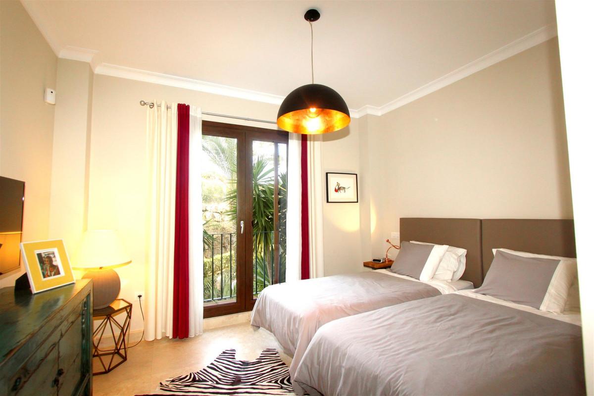 Apartment in Casares R3532207 4