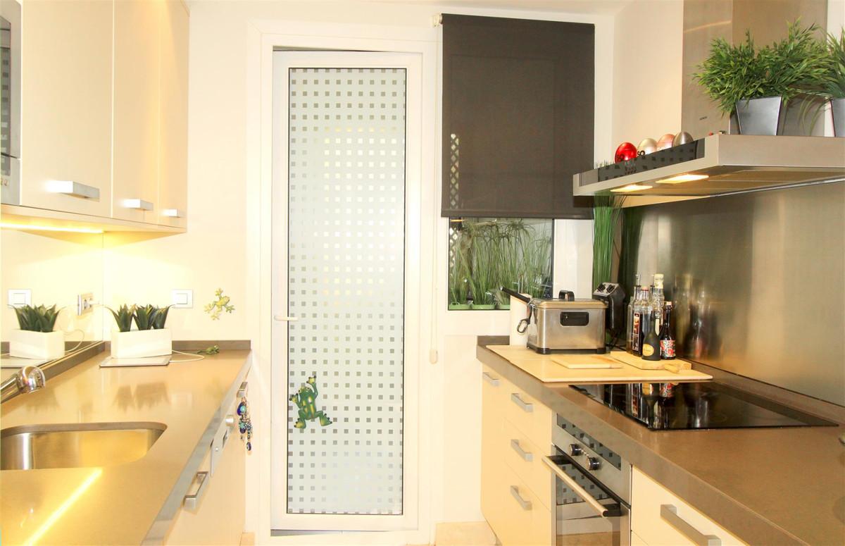 Apartment in Casares R3532207 6