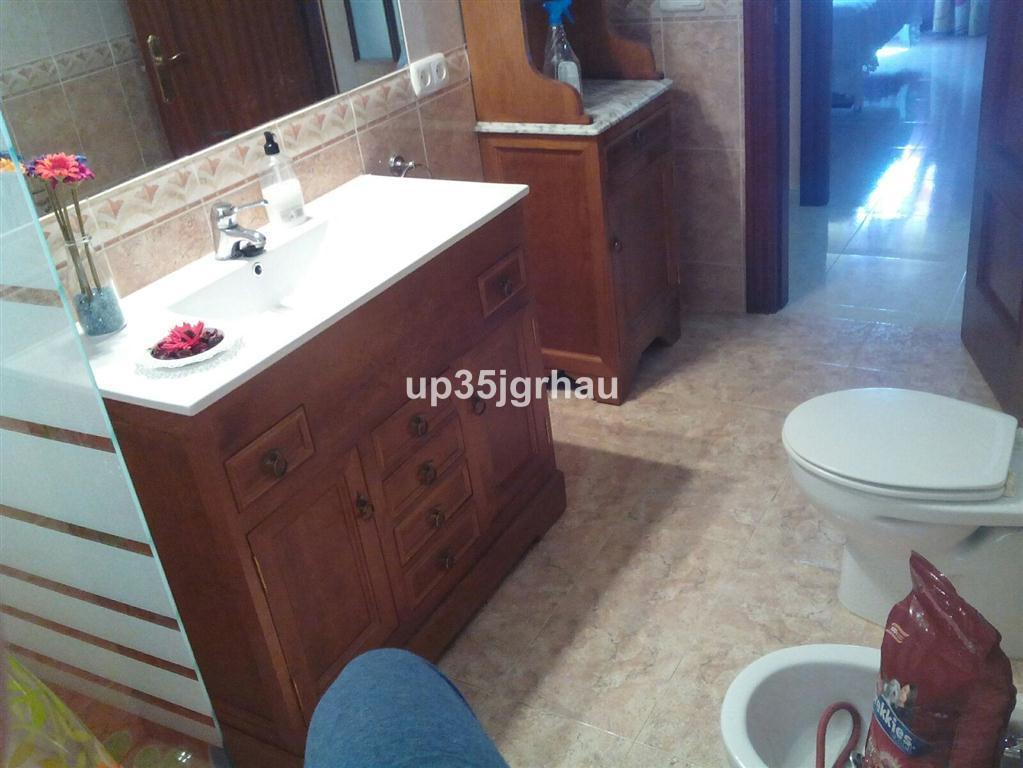 House in Estepona R2726162 13