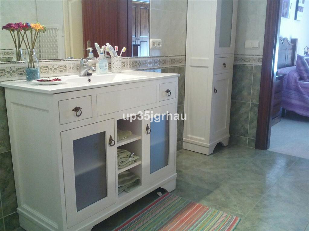 House in Estepona R2726162 14
