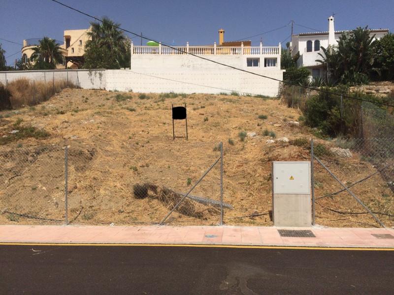 Residential Plot in Estepona for sale