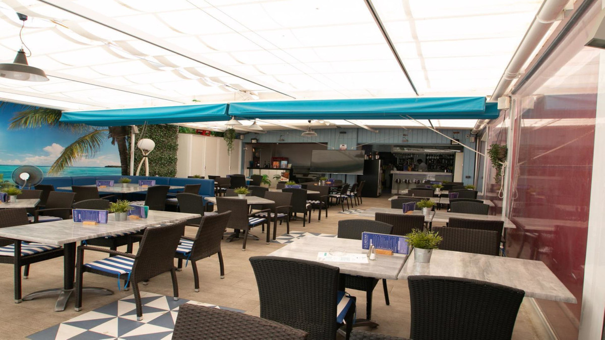 """""""Great lease opportunity, an unsurpassed bargain. Lovely restaurant with an unbeatable strategi,Spain"""