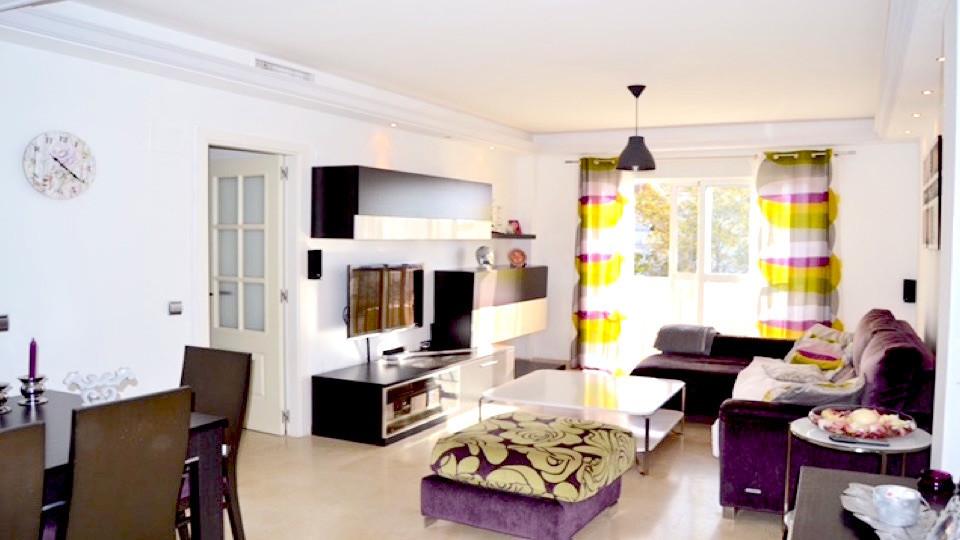 Middle Floor Apartment in Cancelada R2710373
