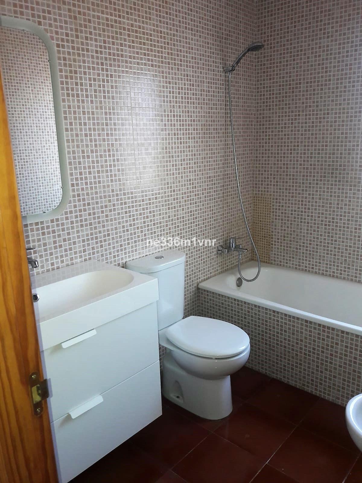 Lejlighed in Alhaurín de la Torre R3277330 11