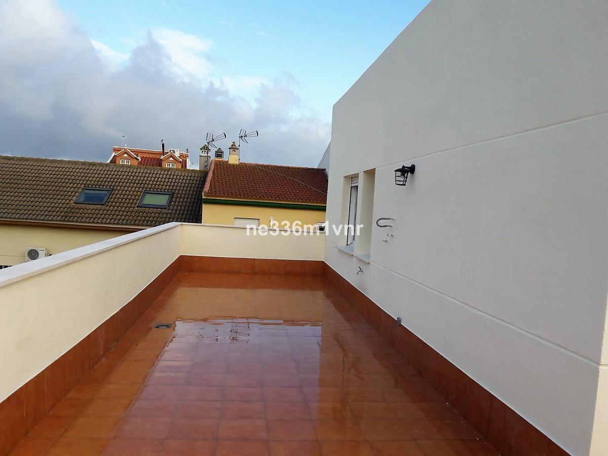Apartment in Alhaurín de la Torre R3277330 3