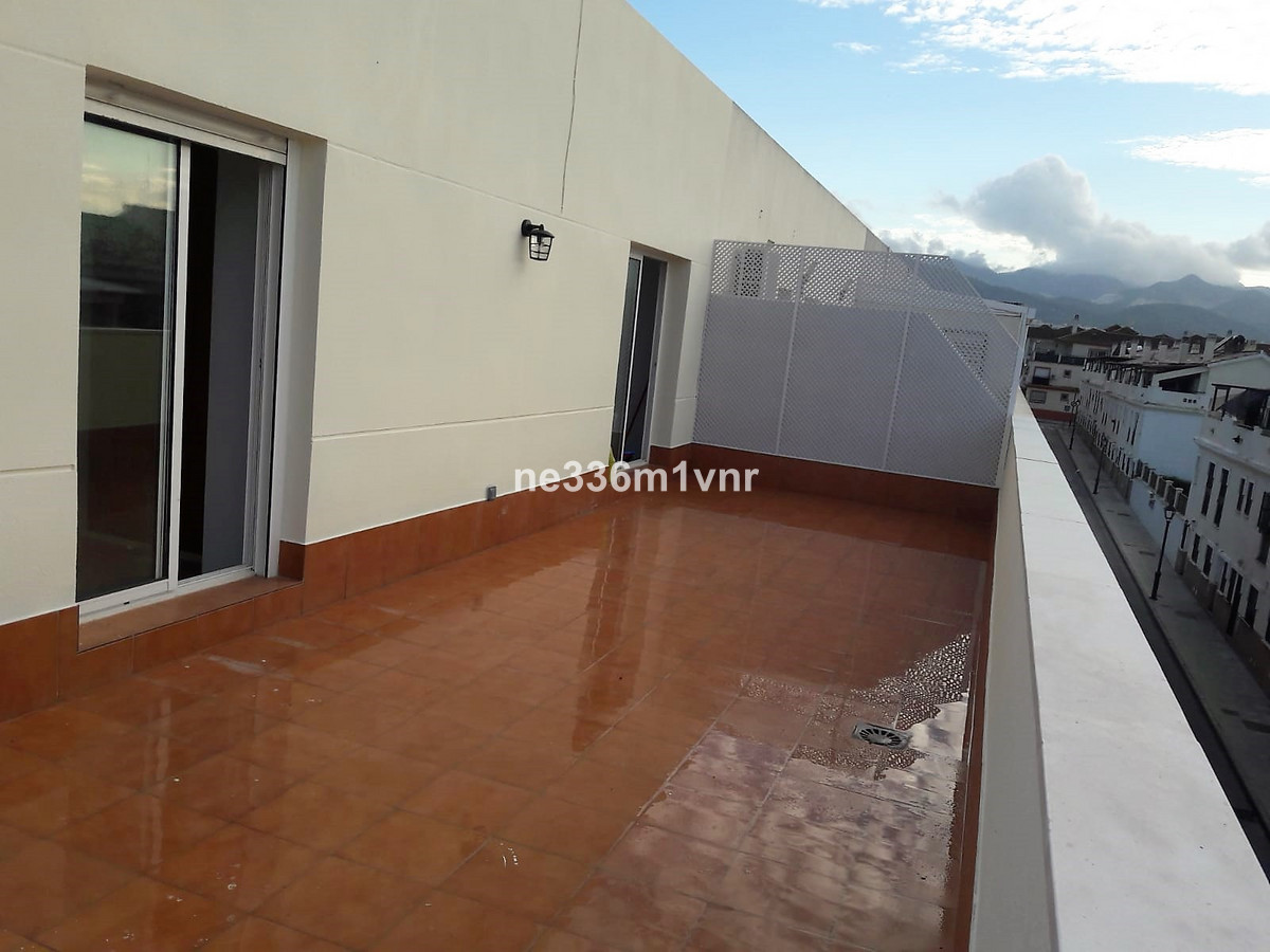 Apartment in Alhaurín de la Torre R3277330 4