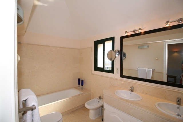 Apartment in Benahavís R3035156 15