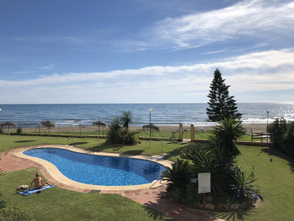 Apartment in Calahonda R3303415 2