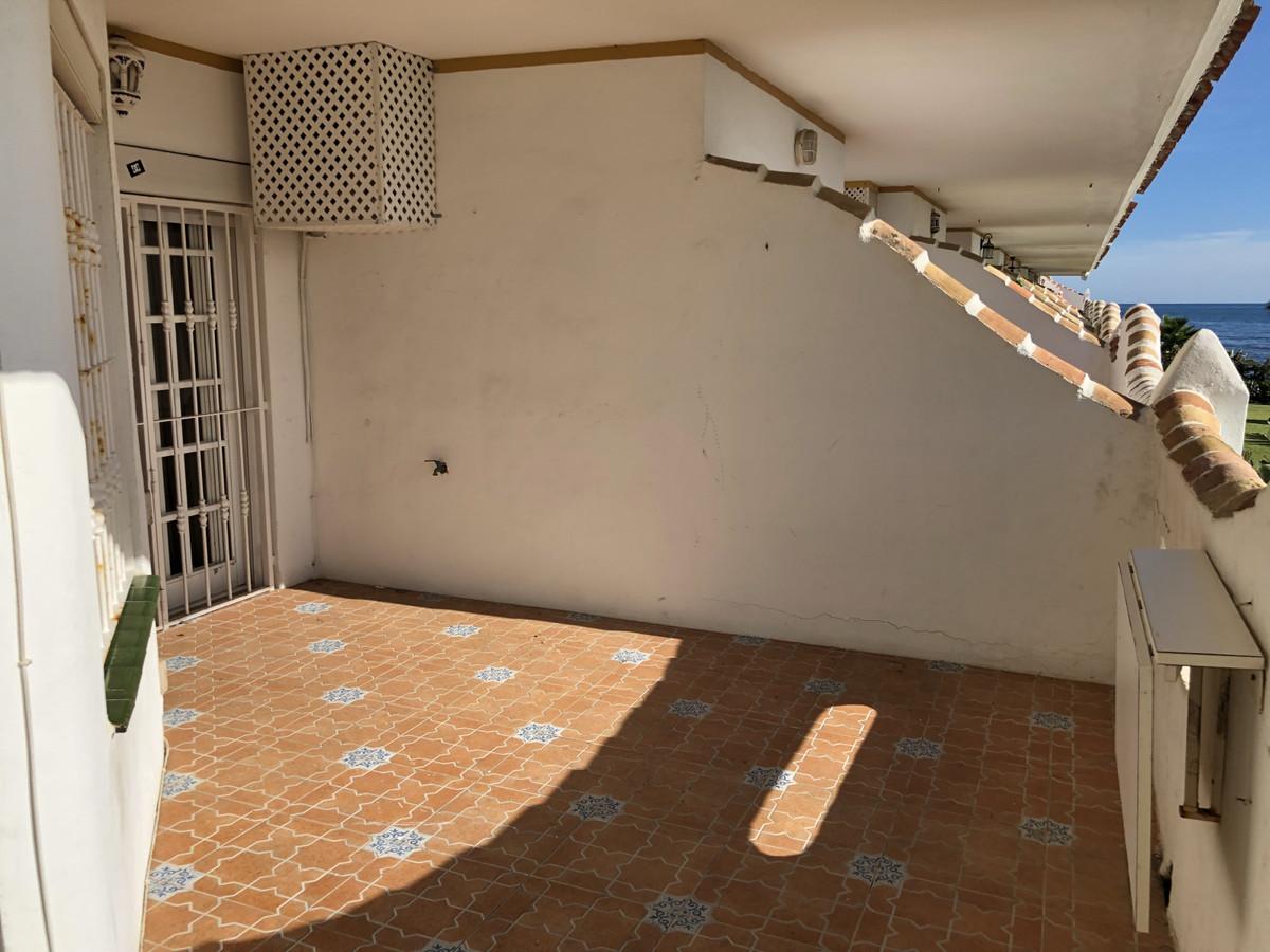 Apartment in Calahonda R3303415 5