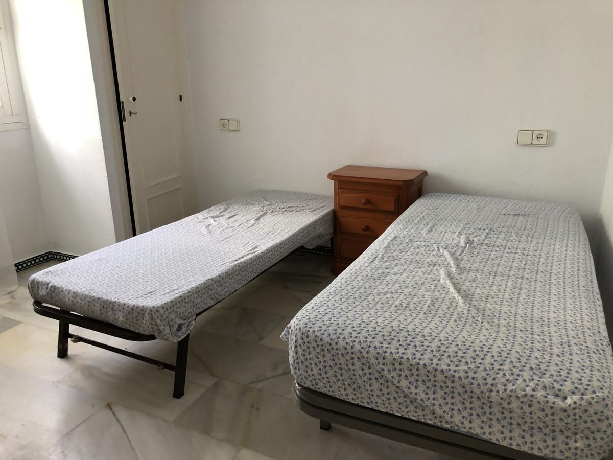 Apartment in Calahonda R3303415 9