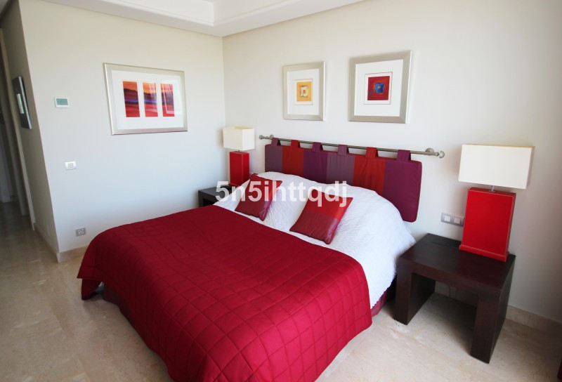 Apartment in The Golden Mile R3233914 10