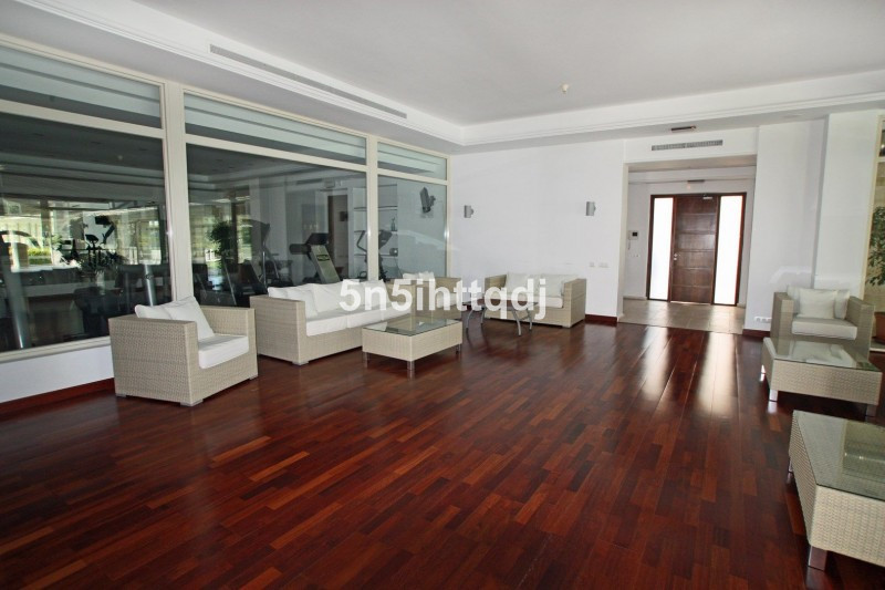 Apartment in The Golden Mile R3233914 21