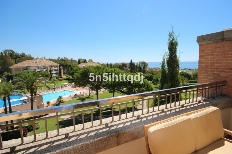 Apartment in The Golden Mile R3233914 5
