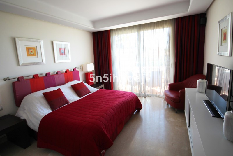 Apartment in The Golden Mile R3233914 7