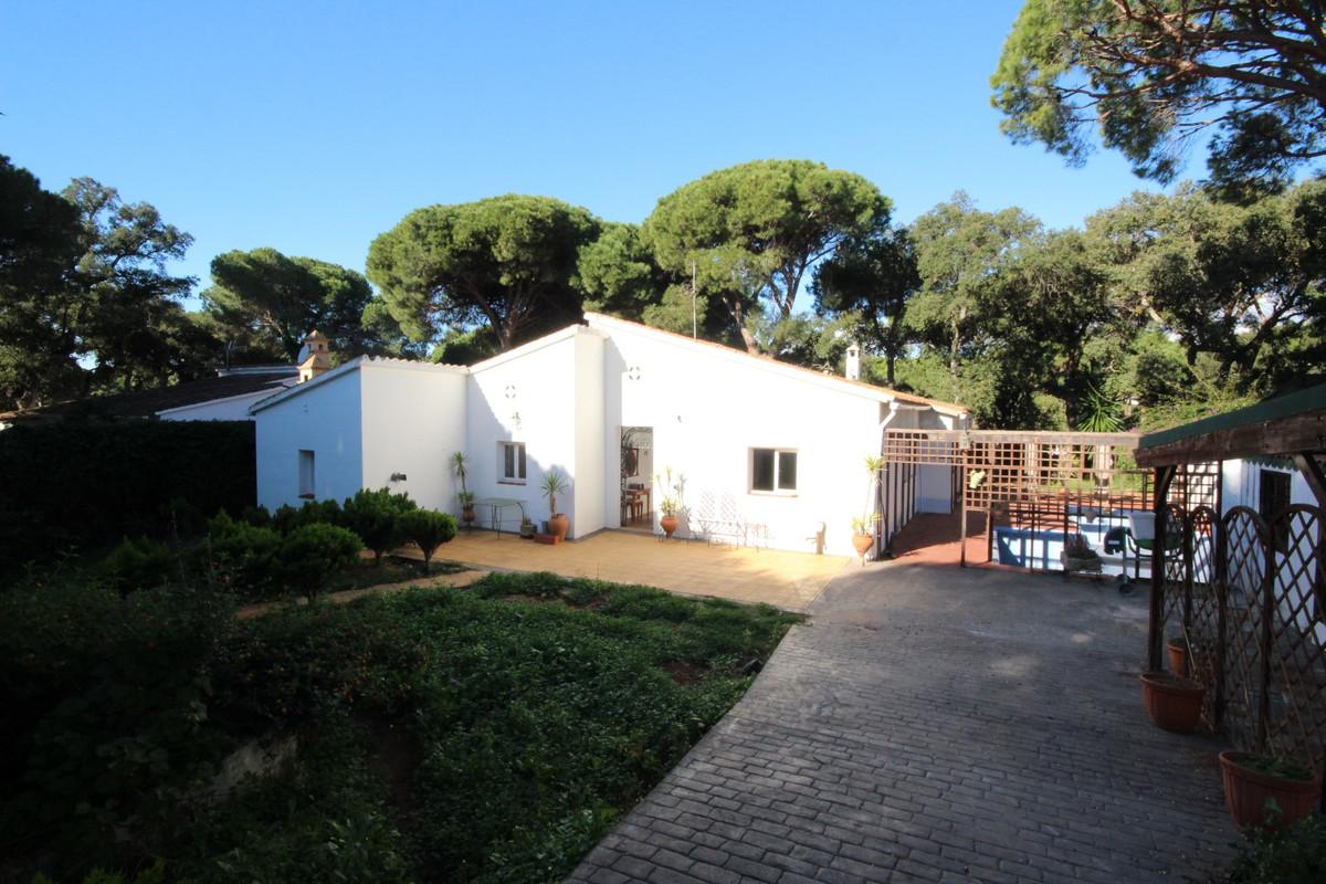Detached Villa in Elviria R111402