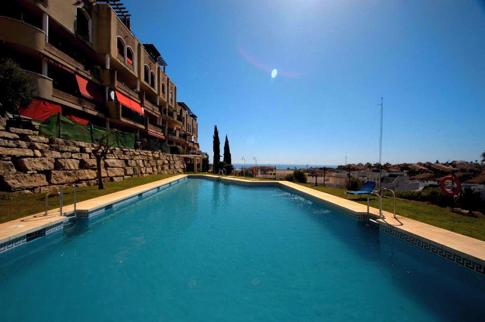 Apartment in Riviera del Sol R3296095 1
