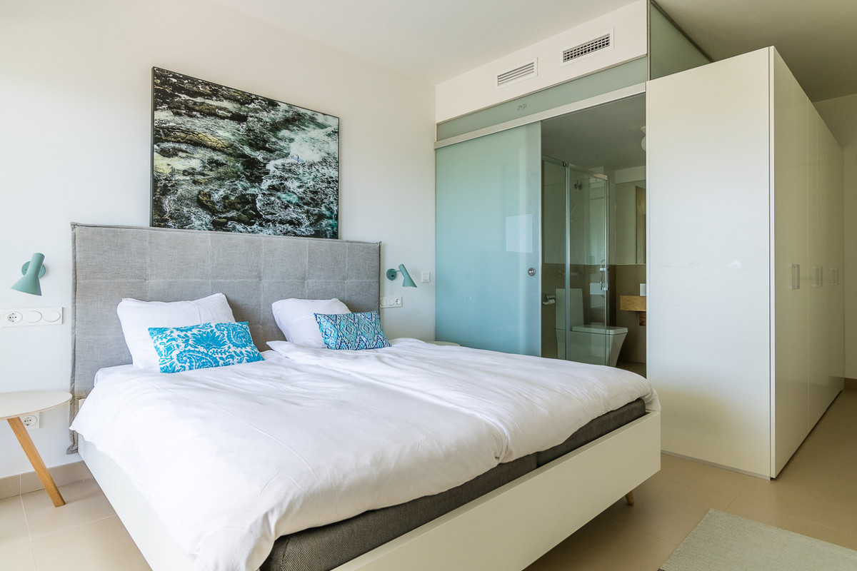 Apartment in Benalmadena Costa R3329734 2