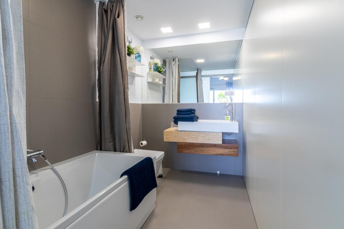 Apartment in Benalmadena Costa R3329734 4