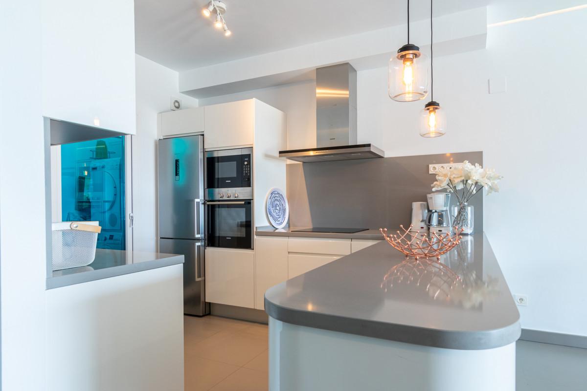 Apartment in Benalmadena Costa R3329734 9