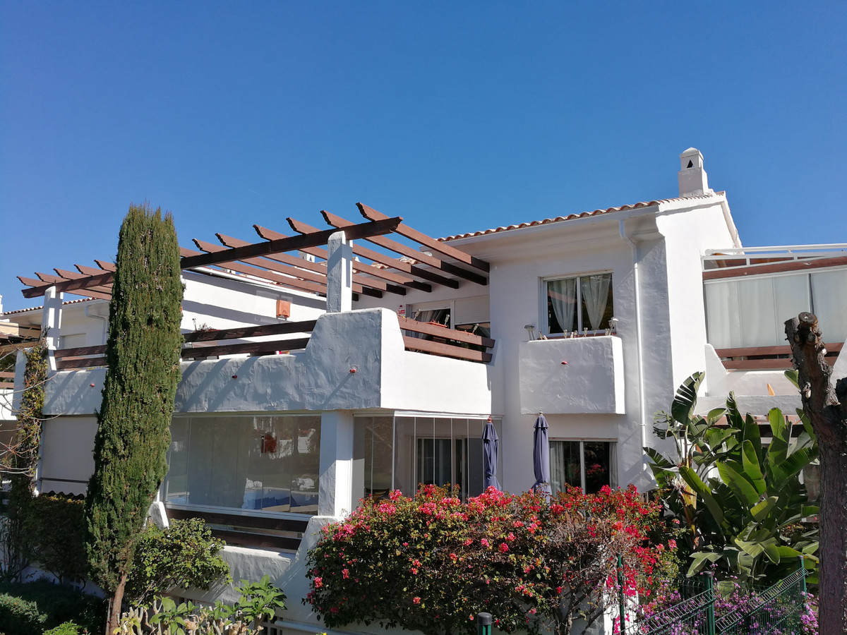 Lovely 2 bedroom apartment on the road to the Golf Club La Resina in Estepona. It has a large and su,Spain