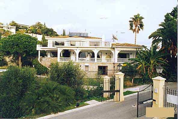 Villa Independiente en Río Real, Costa del Sol
