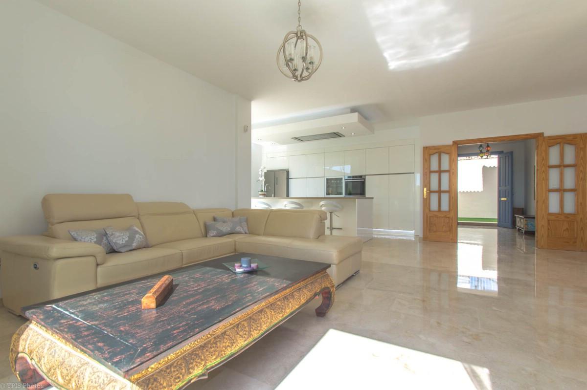House in Torrequebrada R3265798 14