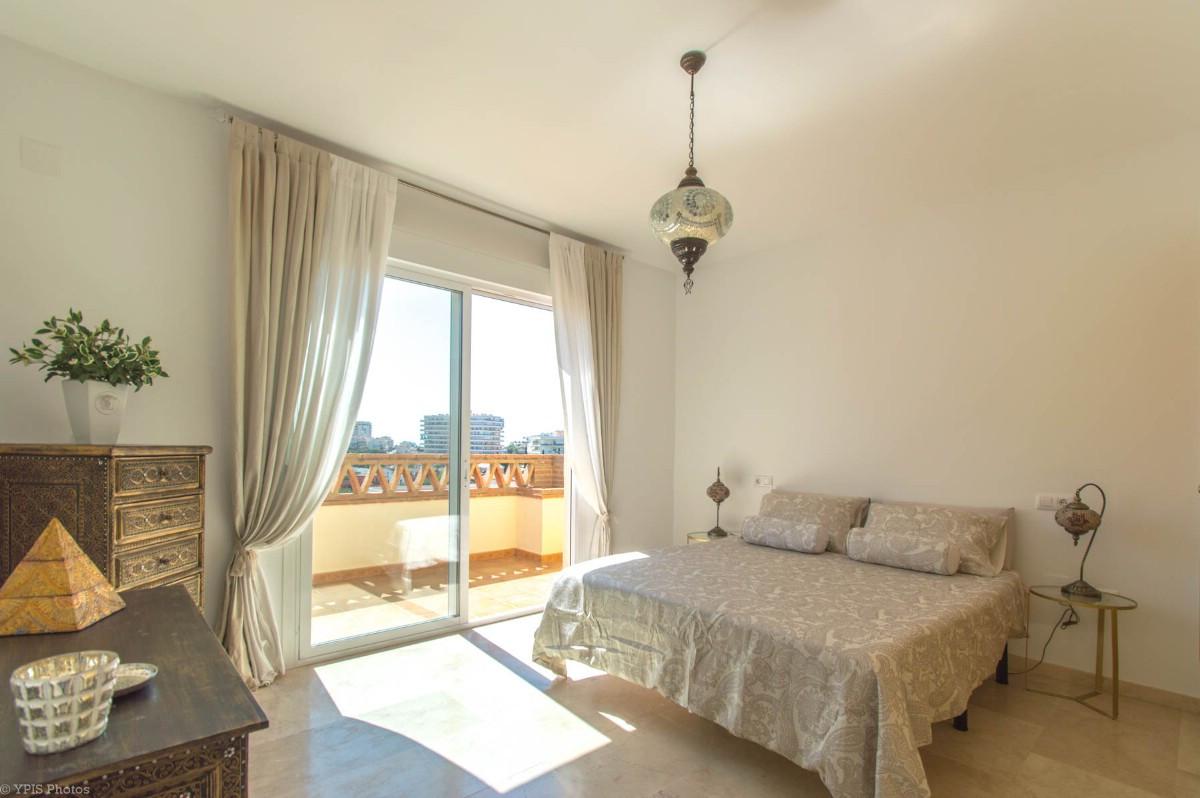 House in Torrequebrada R3265798 26