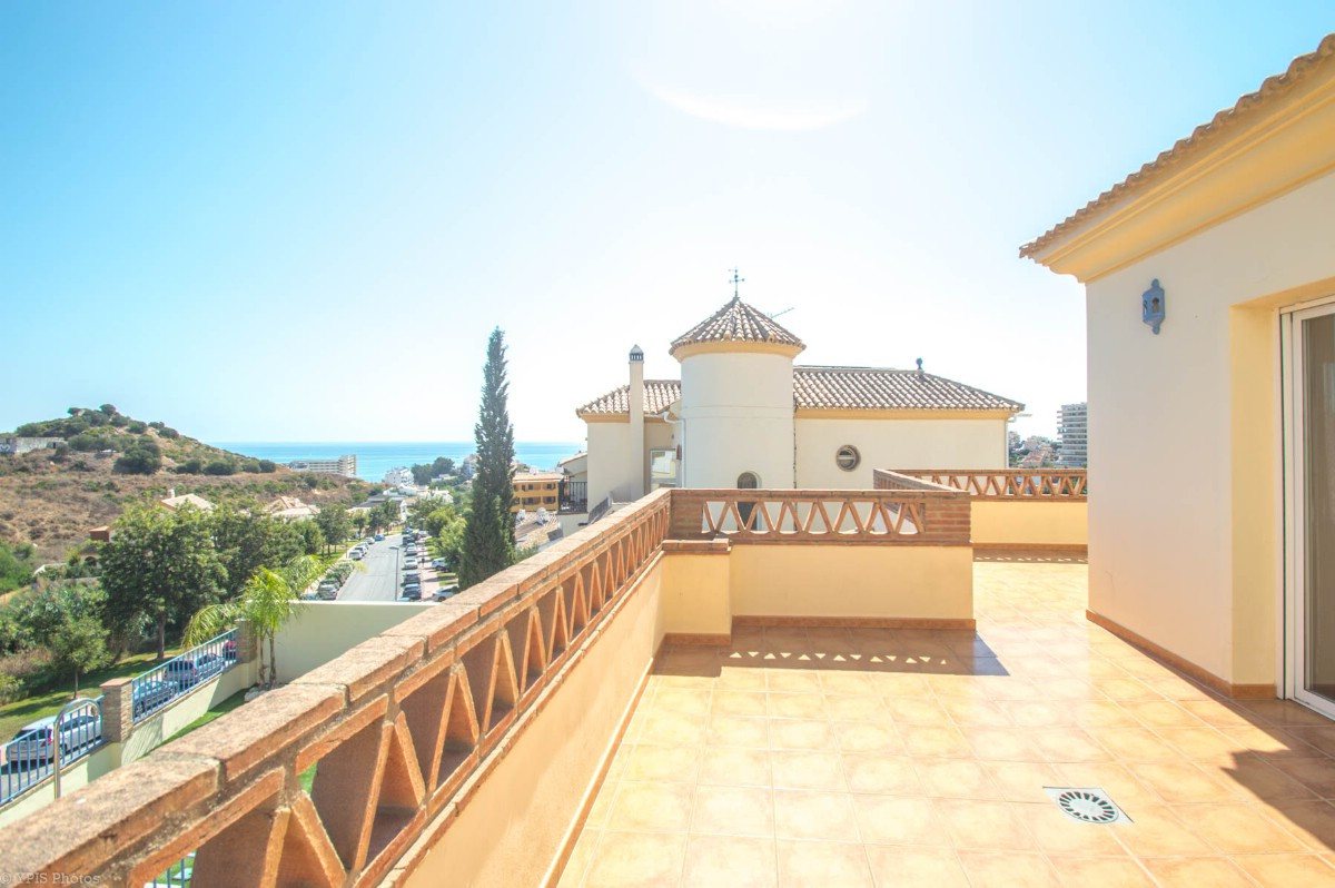 House in Torrequebrada R3265798 37