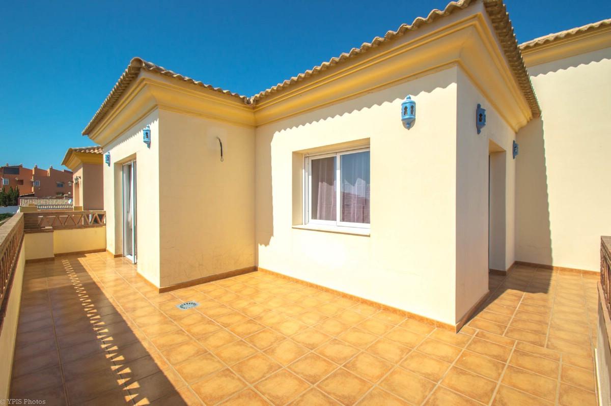 House in Torrequebrada R3265798 44