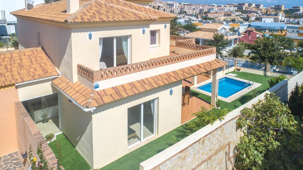 House in Torrequebrada R3265798 5
