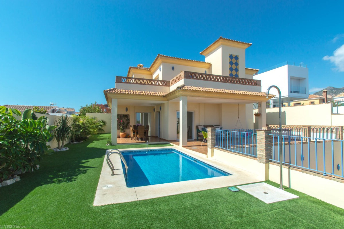 House in Torrequebrada R3265798 7