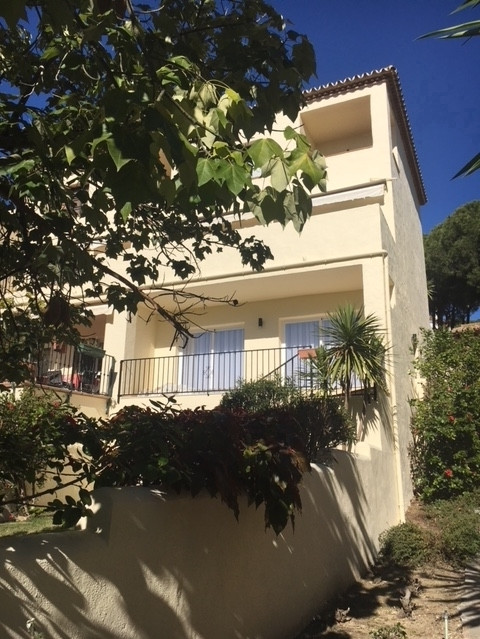 Apartment in Aloha R2999900 11