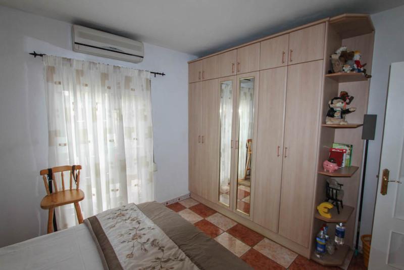 House in Alhaurín de la Torre R2491439 18