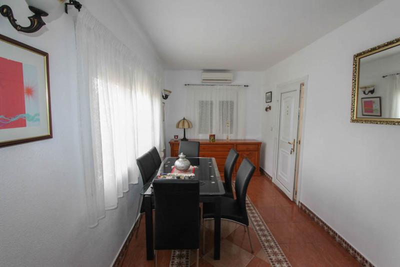 House in Alhaurín de la Torre R2491439 22