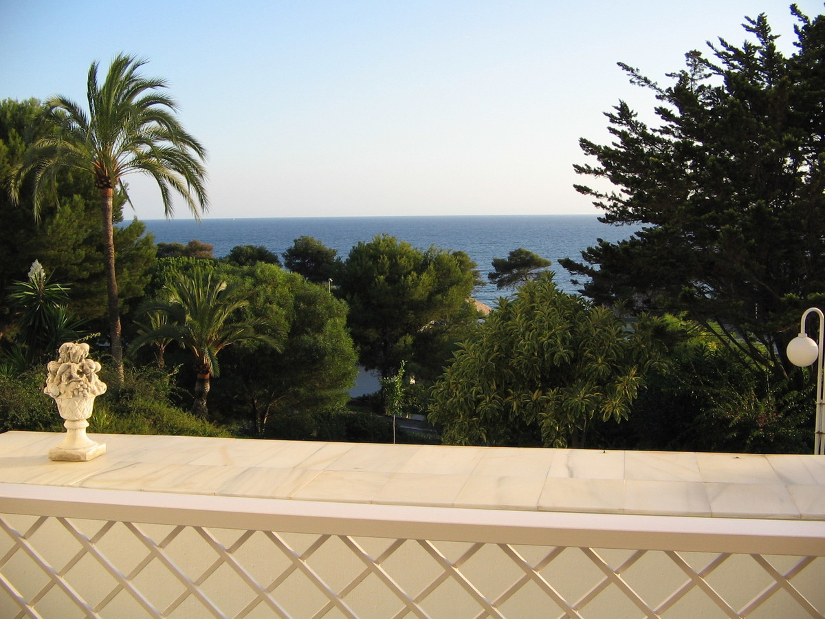 Middle Floor Apartment in Torre Real