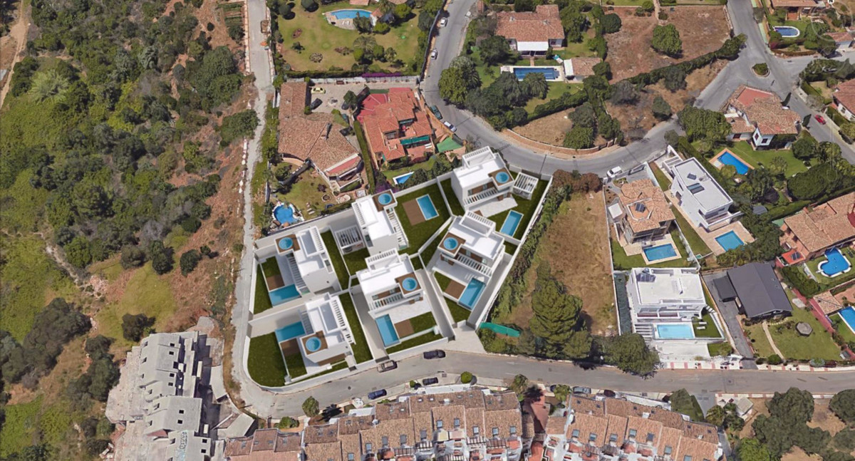 Residential Plot in Marbella R2864171