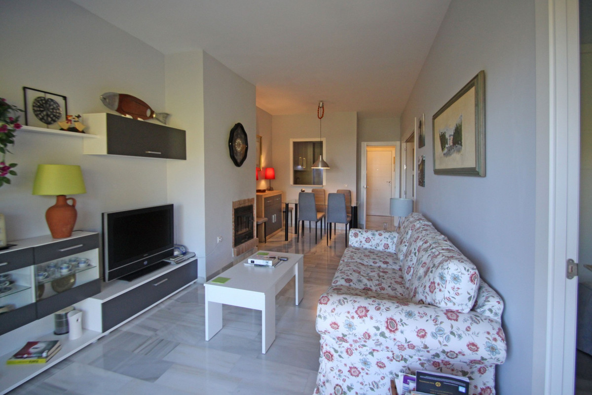 Apartment in The Golden Mile R3302578 5