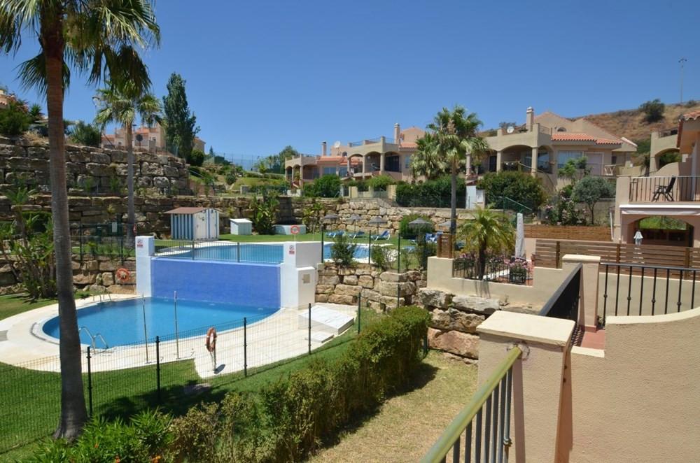 Townhouse in Riviera del Sol R3225502