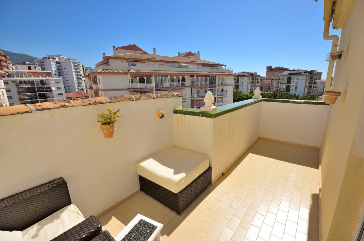 Top Floor Apartment in Los Boliches R3186472