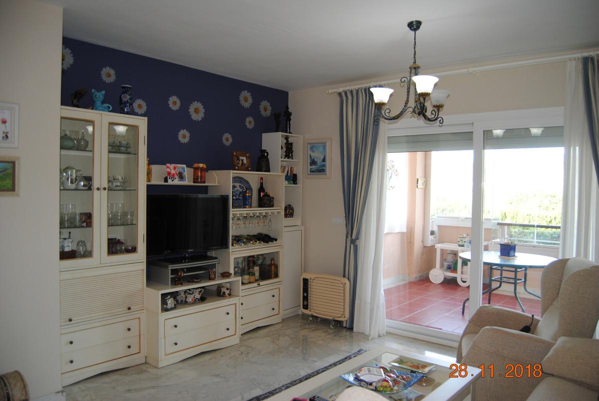 Apartment in Alhaurín de la Torre R3325192 2