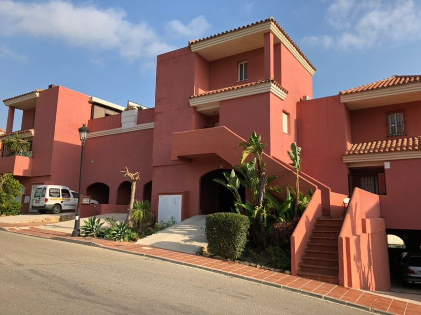Nice 3 bedroom apartment in two floors with the possibility of adding an extra 30m² as a fourth bedr, Spain