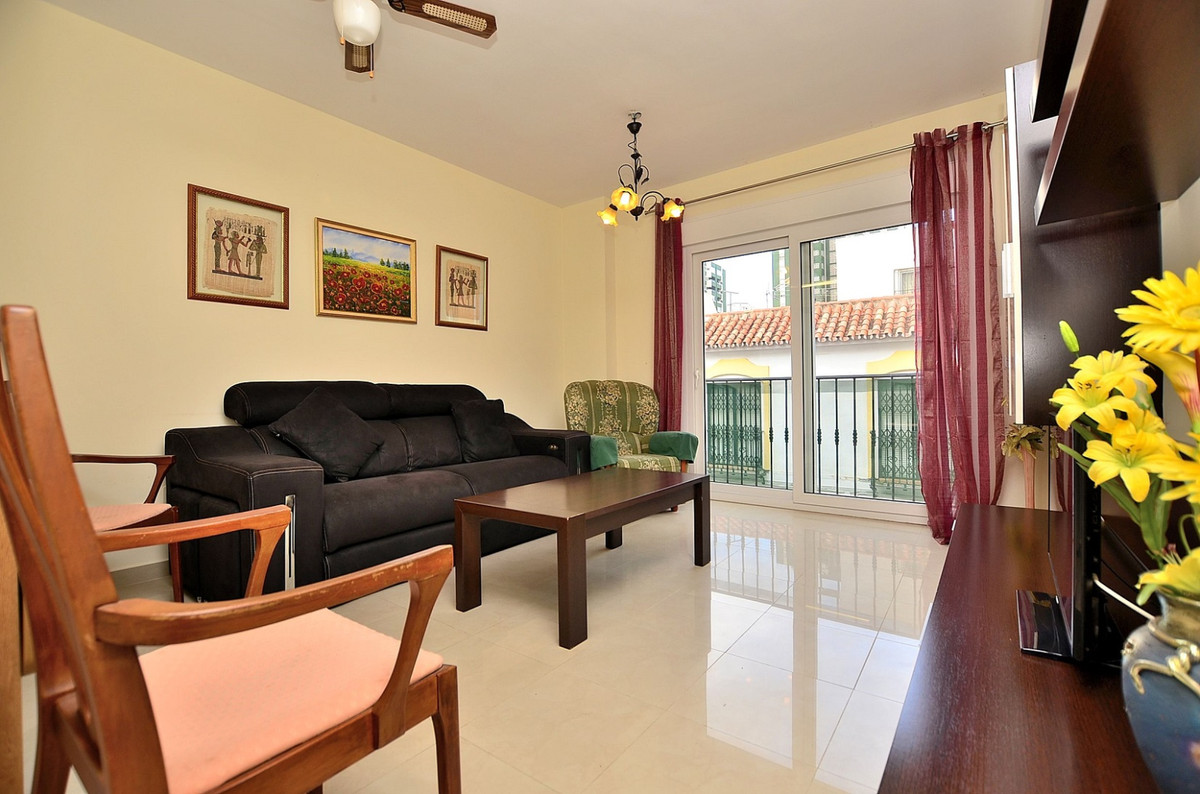 Middle Floor Apartment in Los Boliches R3342565